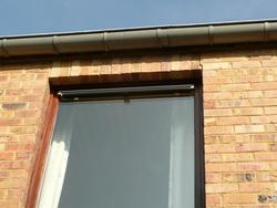 Sa pomerol exemples de protection solaire contre la - Velux store exterieur pare soleil ...